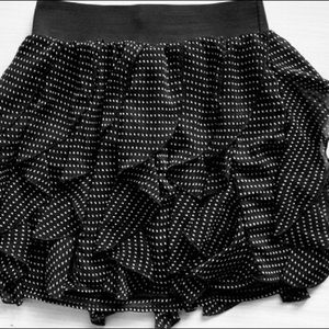 H&M Black and White Ruffled Skirt NEW
